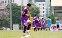 Văn Hậu tập trở lại cùng đội tuyển Việt Nam sau chấn thương