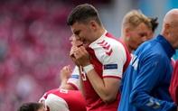 Cầu thủ và các CĐV suy sụp, bật khóc nức nở khi chứng kiến Christian Eriksen đổ gục ngay trên sân