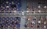 Hàn Quốc nới lỏng hạn chế tham gia hoạt động âm nhạc và thể thao