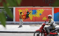 """Cận cảnh """"Con đường bích họa tuyên truyền phòng chống dịch bệnh Covid-19"""" ở Hà Nội"""