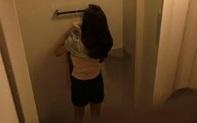 Nam sinh lớp 12 lắp camera quay lén cô giáo trong nhà vệ sinh rồi tống tiền sẽ bị xử lý thế nào?