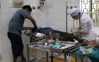 Đang thi công nhà, 3 công nhân bị điện giật bỏng nặng