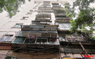 """""""Chuồng cọp"""" cheo leo ở chung cư cao tầng Hà Nội"""