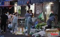 """Hà Nội: Người dân tranh thủ đi chợ sớm, tập thể dục """"nốt"""" trước giờ giãn cách xã hội"""