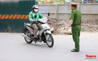Hà Nội: Nhiều  shipper vi phạm công tác phòng chống dịch bệnh bị lĩnh  'án'  phạt