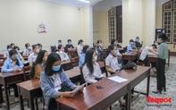 Hơn 11 nghìn thí sinh đến làm thủ tục dự thi tốt nghiệp THPT đợt 2