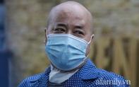 """Bệnh nhân COVID-19 bị đông đặc phổi xuất viện sau 50 ngày giành giật sự sống: """"Tôi như được tái sinh, tôi sẽ trân trọng cuộc sống này"""""""