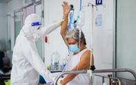 Lớp tập cai máy thở, tập đi và sự hồi phục kỳ diệu của những bệnh nhân mắc Covid-19 nặng