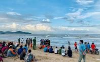 Cả trăm người ngóng tìm người đàn ông mất tích trên biển khi đi mò ngao sau mưa bão