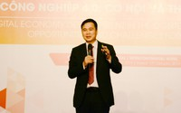 """Công nghệ số: """"Hoàn thiện thủ tục khởi nghiệp ở Việt Nam mất hơn 1 tháng trong khi ở Singapore chỉ mất 2 tiếng"""""""