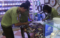 """Truy quét gần 16.000 chiếc đồng hồ """"nhái"""" thương hiệu nổi tiếng của Thuỵ Sỹ"""