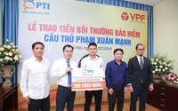 Cầu thủ Phạm Xuân Mạnh được bồi thường 300 triệu đồng