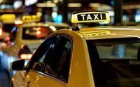"""Bộ Giao thông bỏ quy định gắn """"mào"""" đối với Grab nhưng giữ nguyên hộp đèn với taxi"""