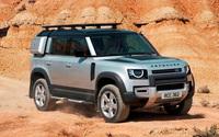 Không chỉ bán tốt ở Việt Nam, Land Rover Defender đang cứu nguy cho cả tập đoàn Anh Quốc