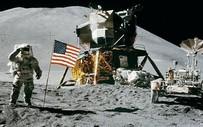 """""""Phủ nhận"""" Mặt Trăng, TT Trump khăng khăng mục tiêu """"kích thích"""" hơn cho NASA?"""