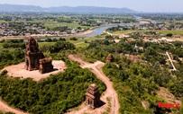 Ngắm Tháp Bánh ít - Kiệt tác kiến trúc ngàn năm tuổi của người Chăm