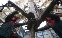 """Năng lượng Nga tìm mọi cách """"lật ngược"""" thế lực đồng bạc xanh"""