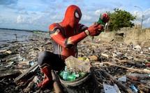 """Châu Á """"xoay vần"""" tìm lợi nhuận trong thách thức rác thải nhựa trị giá tới 100 tỷ USD"""