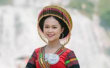 Người đẹp du lịch non nước Cao Bằng khoe sắc trong trang phục dân tộc