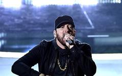 """Trình diễn """"muộn mằn"""" sau 18 năm tại Oscar, Eminem vẫn khiến đạo diễn hàng đầu suýt ngủ gật?"""