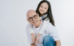 Phan Đinh Tùng cùng con gái hòa giọng trong bài hát cổ động, xua tan mảng màu u ám dịch bệnh