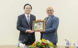 Bộ trưởng Phùng Xuân Nhạ tiếp Trưởng đại diện Quỹ nhi đồng Liên hợp quốc tại Việt Nam