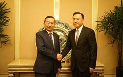 Thượng tướng Tô Lâm làm việc với Phó Chủ tịch UBND, kiêm Giám đốc Công an tỉnh Liêu Ninh