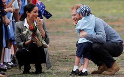Nhìn những bức ảnh này, thấy Hoàng từ Harry và Công nương Meghan đã sẵn sàng có em bé lắm rồi