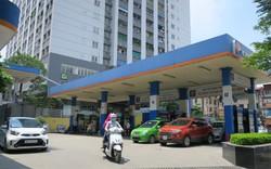Giá xăng quay đầu giảm 224 đồng/lít sau đợt tăng mạnh