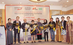 Liên hoan phim Quốc tế Hà Nội lần thứ V: Điện ảnh Việt phải