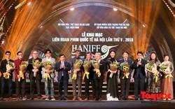 Chùm ảnh: Lễ khai mạc Liên hoan phim Quốc tế Hà Nội lần thứ V