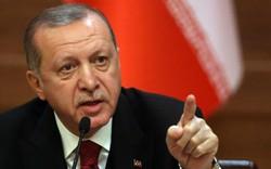 """""""Đảo chiều"""" Thổ Nhĩ Kỳ bất ngờ tính kế quyết không rời Syria"""