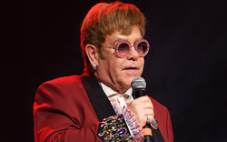 Hé lộ những góc khuất của huyền thoại Elton John từng hủy hoại bản thân bằng rượu và chất kích thích
