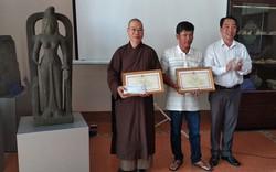 Trao thưởng cho người hiến tặng tượng cổ 1.400 năm tuổi ở Vĩnh Long