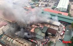Cháy lớn kho xưởng phía sau Bến xe Nước Ngầm