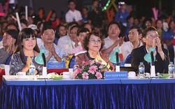 Ca sỹ Ánh Tuyết làm giám khảo Hội diễn văn nghệ công nhân viên chức, lao động Tổng công ty Phát điện 2