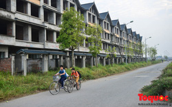 Sau nhiều năm bỏ hoang, khu đô thị ngàn tỷ đã có ngôi nhà được hoàn thiện