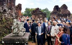 Tổng thống Ấn Độ cùng phu nhân thăm Khu Đền tháp Mỹ Sơn