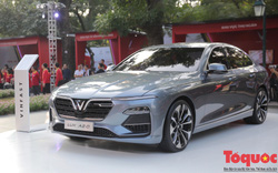Chiêm Ngưỡng dàn xe Vinfast chính thức ra mắt tại Hà Nội, giá bán Sedan 800 triệu đồng, SUV 1,136 tỷ, Fadil 336 triệu đồng