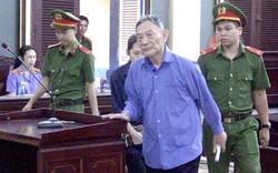 Gây thiệt hại hàng trăm tỷ đồng, nguyên Tổng giám đốc Công ty Tài chính cao su Việt Nam nhận 16 năm tù