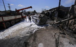 Khởi tố vụ xe bồn gây cháy khiến 6 người chết ở Bình Phước
