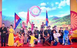 Giao lưu hữu nghị biên giới Việt Nam-Lào-Campuchia lần thứ nhất.