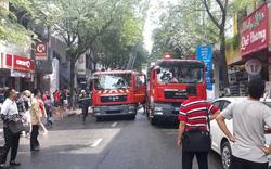 Khách nước ngoài tháo chạy khi khách sạn trung tâm Sài Gòn cháy lớn