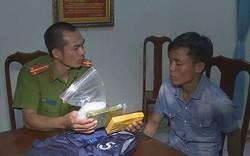 Khởi tố, bắt tạm giam đối tượng vận chuyển ma túy thuê