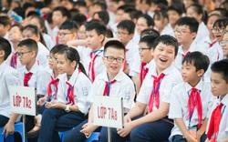 Cán bộ, giáo viên và các em học sinh, sinh viên trong cả nước tiếp tục đồng lòng, vượt khó
