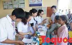 Tổ chức quốc tế phối hợp với BVTƯ Huế phẫu thuật miễn phí cho bệnh nhân