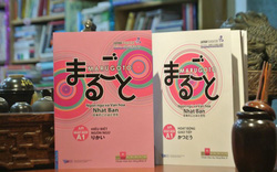 """Tặng giáo trình """"MARUGOTO - Ngôn ngữ và Văn hóa Nhật Bản"""" khi tham gia sự kiện"""