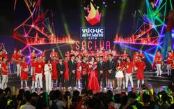 Ca sĩ Noo Phước Thịnh, cầu thủ Đình Trọng sẽ cùng khán giả xác lập kỷ lục nhiều người tâng bóng vào ngày cuối năm 2018