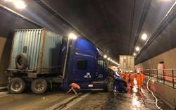Tai nạn nghiêm trọng trong hầm Hải Vân, giao thông ách tắc nhiều giờ