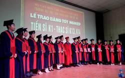 Trường Đại học Sân khấu - Điện ảnh Hà Nội trao bằng tốt nghiệp cho tân tiến sĩ Khóa đầu tiên